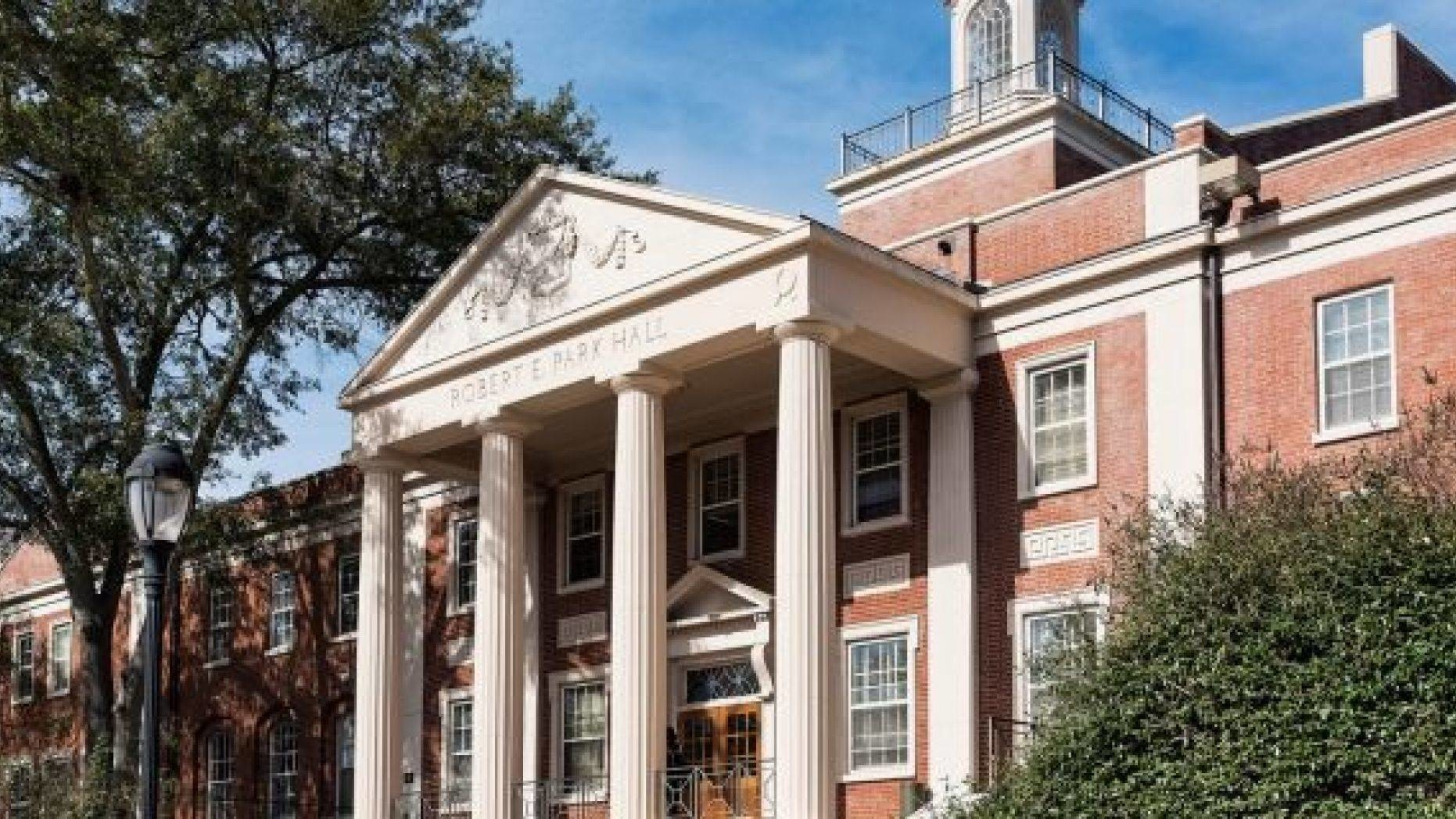 UGA喬治亞大學 - 歷史悠久且規模龐大的南方名校,被稱為公立常春藤
