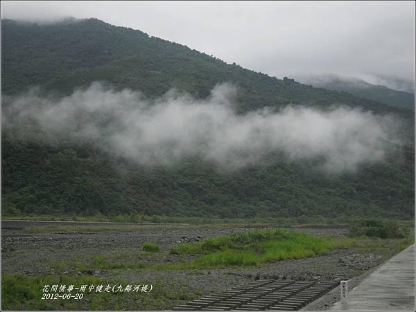 2012-06-雨中健走2