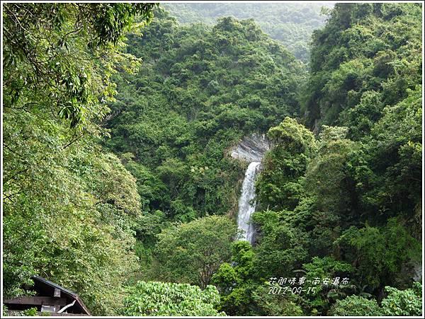 2012-09-南安瀑布15