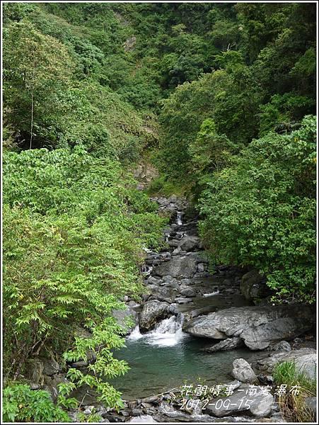 2012-09-南安瀑布18