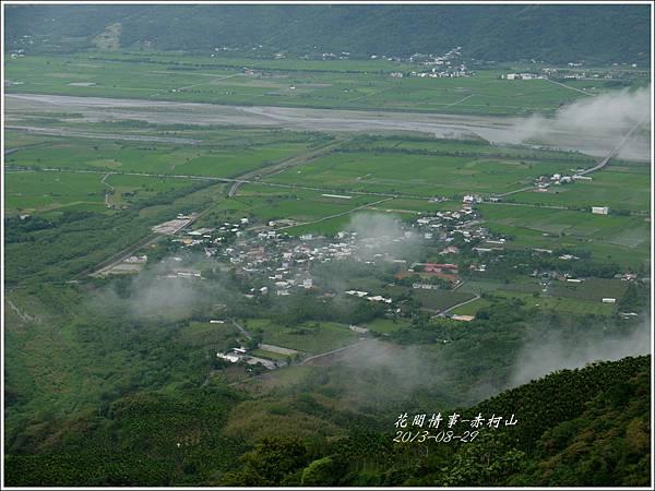 2013-08-赤柯山金針花情5.jpg