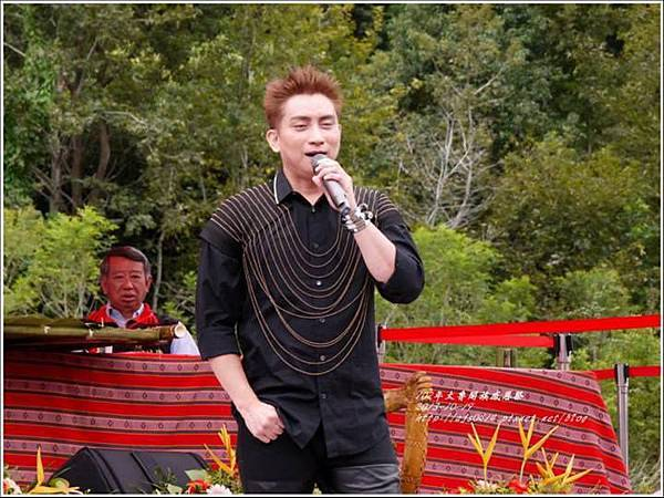 102太魯閣族感恩祭歌手4.jpg