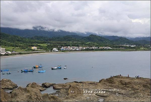 烏石鼻漁港-2016-06-12.jpg
