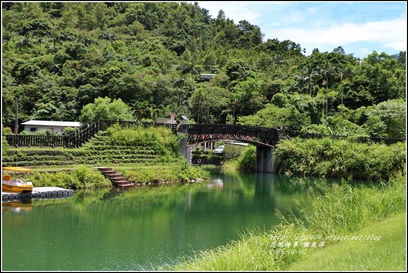 鯉魚潭旁樹屋-2016-08-17.jpg