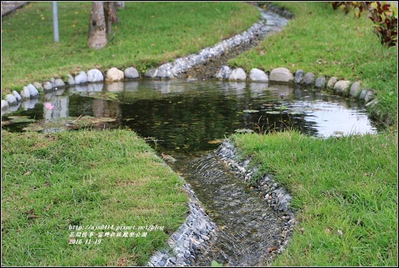 富興村鳳梨公園-2016-11-42.jpg