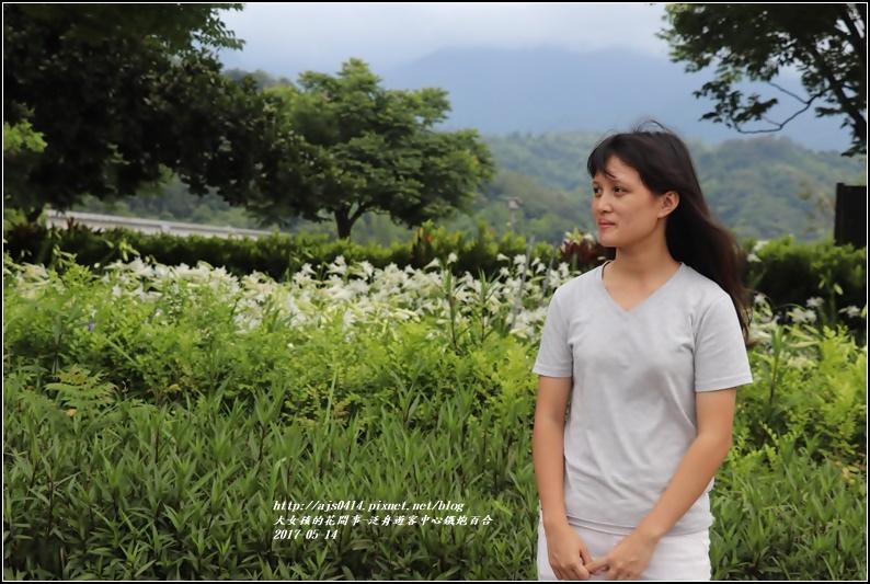 鐵炮百合花(秀姑巒溪泛舟中心)2017-05-19.jpg