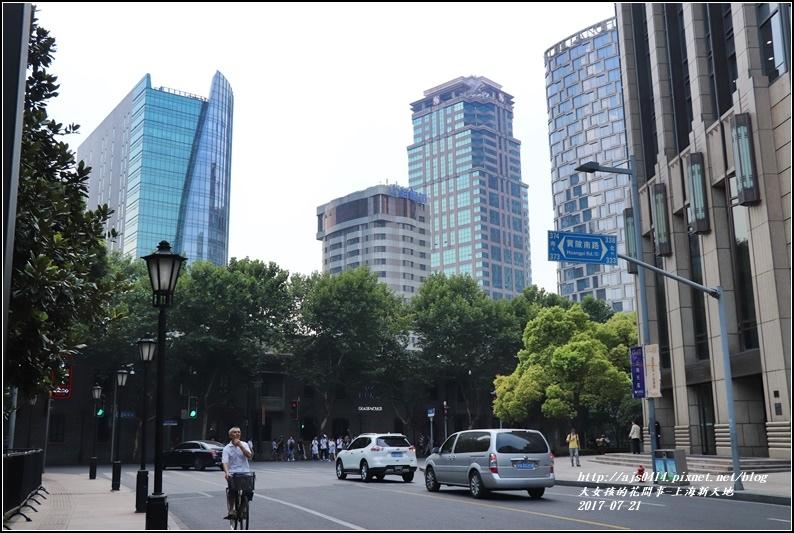 上海新天地-2017-07-01.jpg