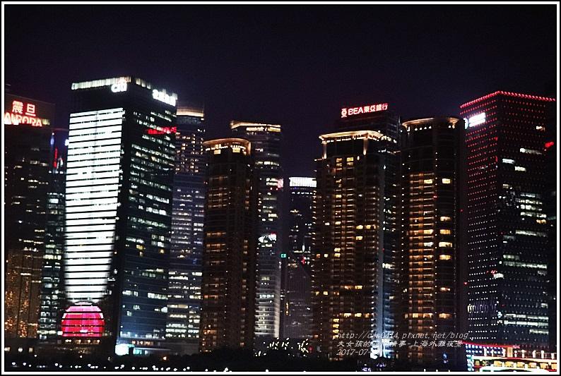 上海外灘夜景-2017-07-18.jpg