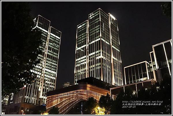 上海外灘夜景-2017-07-28.jpg
