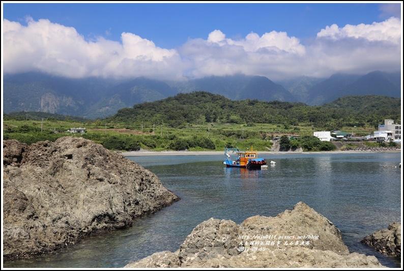烏石鼻漁港-2017-08-03.jpg