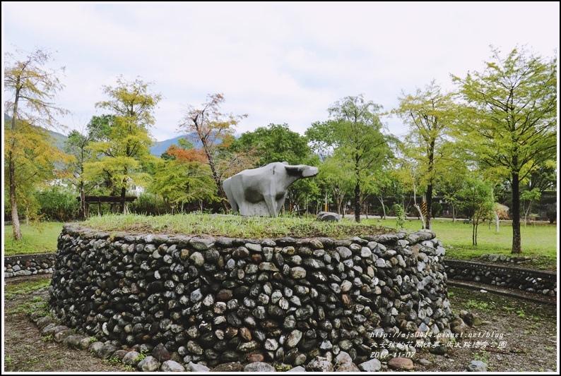 馬太鞍溪橋旁公園-2017-11-04.jpg