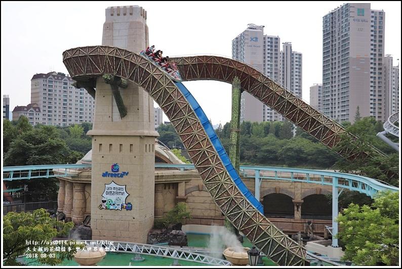 樂天世界遊樂園-2018-08-90.jpg