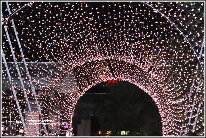 新北歡樂耶誕城-2018-12-37.jpg
