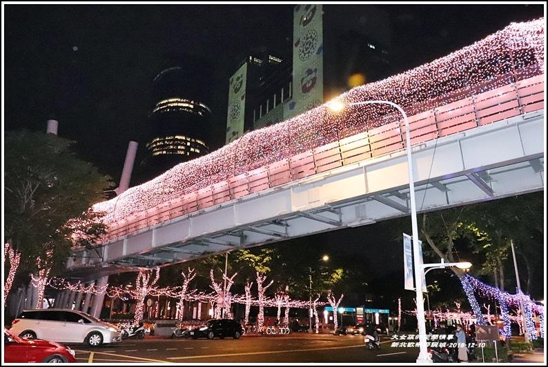 新北歡樂耶誕城-2018-12-42.jpg