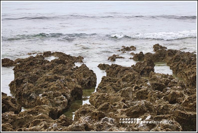 小琉球環島公路(厚石裙礁)-2019-04-05.jpg