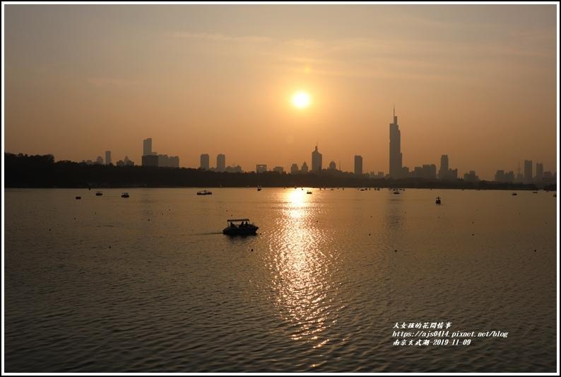 南京玄武湖-2019-11-12.jpg