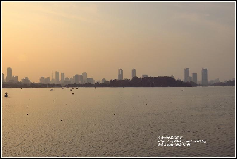 南京玄武湖-2019-11-13.jpg