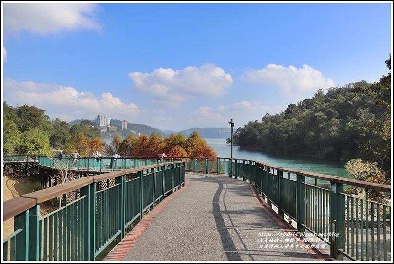日月潭向山遊客中心前的婚紗廣場-2019-11-01.jpg