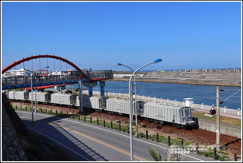 花蓮港景觀橋-2020-07-01.jpg