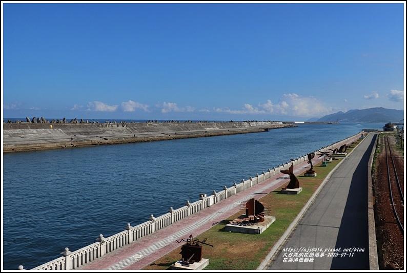 花蓮港景觀橋-2020-07-04.jpg