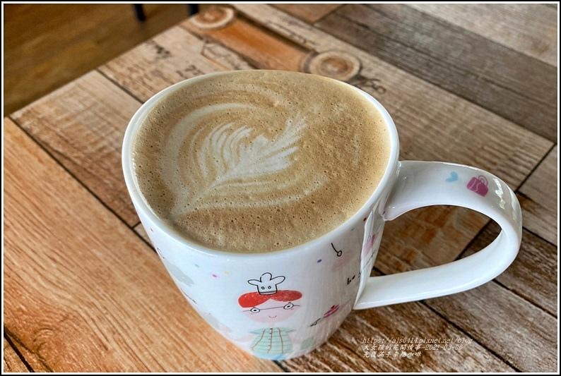 滿手幸福咖啡館-2021-03-12.jpg