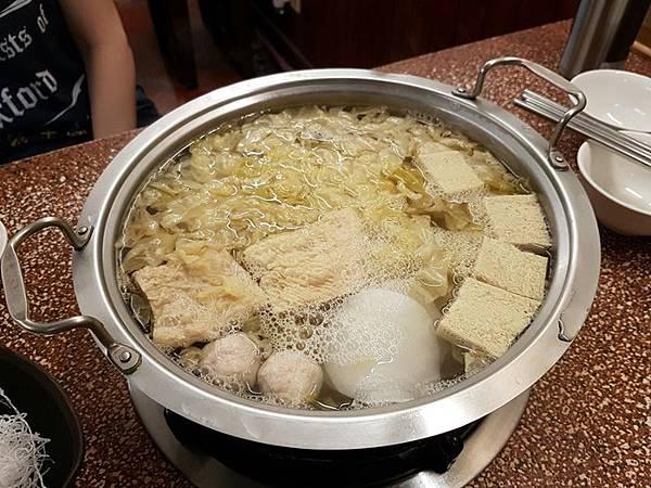 酸菜白肉鍋7.jpg
