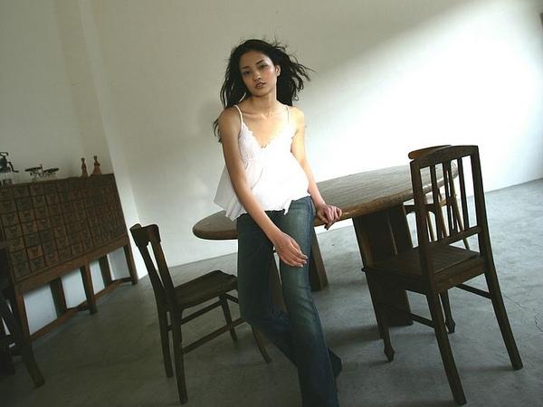 [wallcoo_com]_Meisa_Kuroki_wallpaper_2108696_1170726391.jpg
