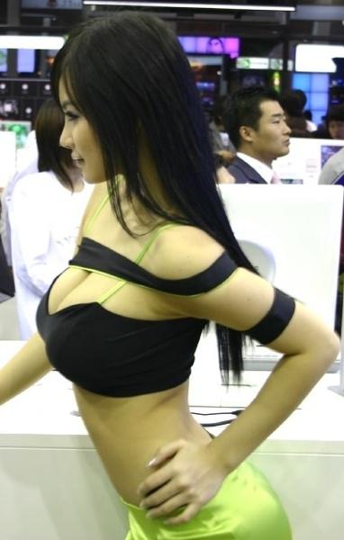 wangruoyi044.jpg