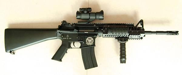 全金属M4-CASV