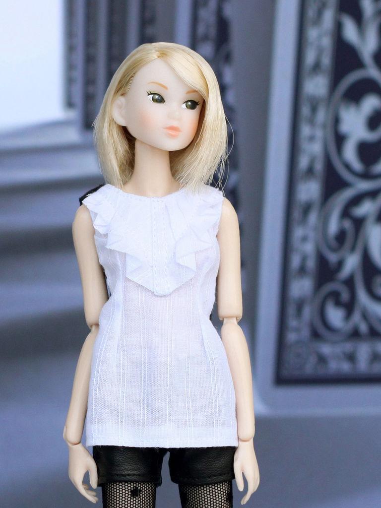 Ambivalent Girl