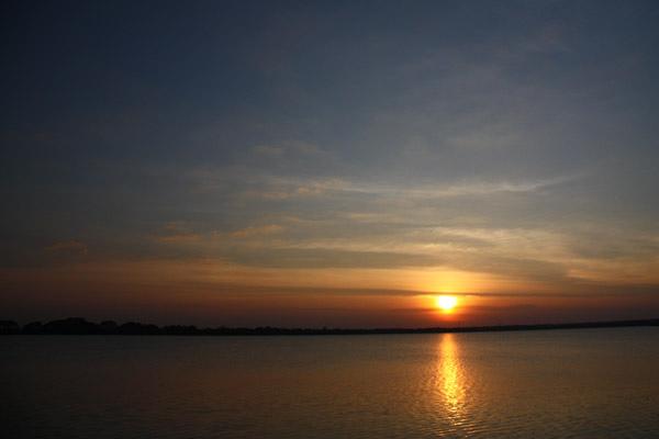 Tissa Wewa湖濱落日