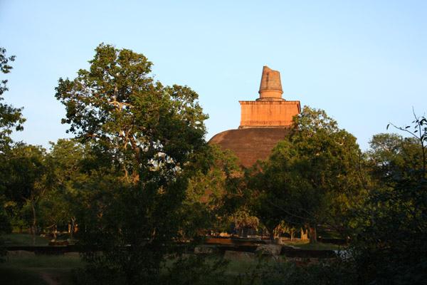 詰他瓦那佛塔(Jatawana)