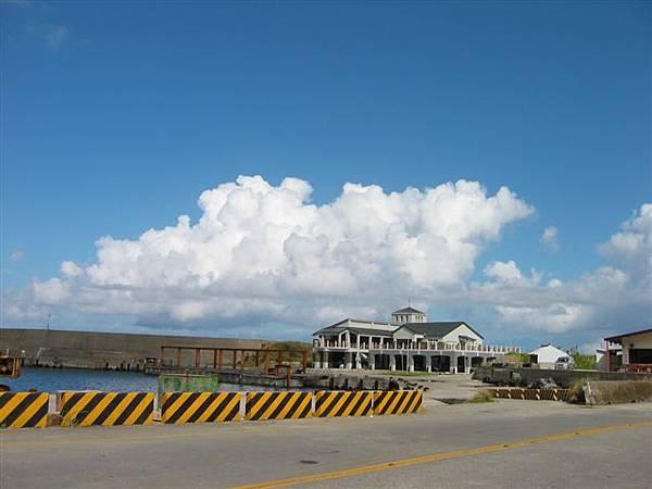 06藍天白雲.jpg