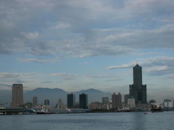 高雄地標-東帝士大樓85層樓高