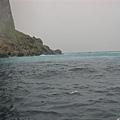 龜山島外海的海底溫泉-海水顏色較淺藍