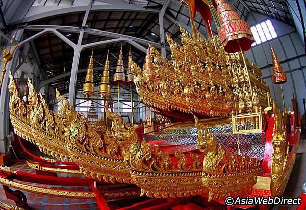 national-museum-bangkok.jpg