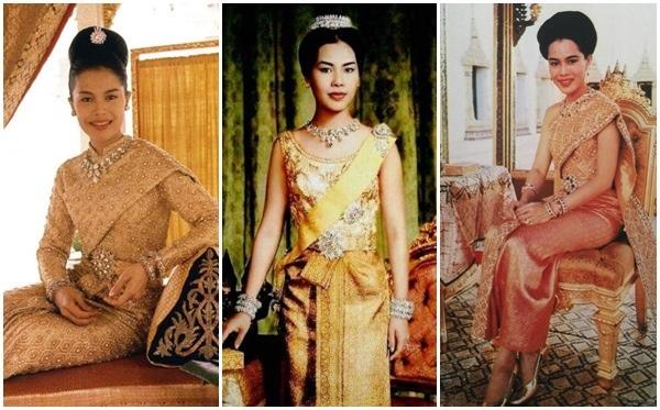 queen-sirikit-dress-373.jpg