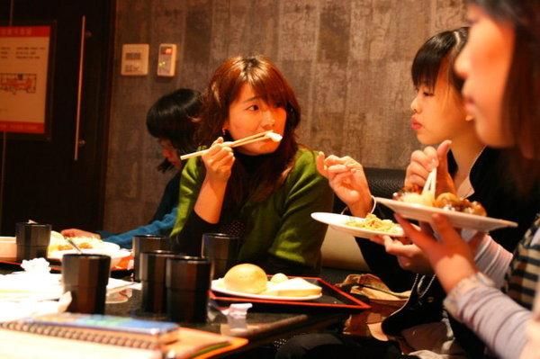 吃吃吃.jpg