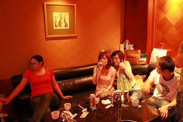 2008.08.02錢櫃慶生007.jpg