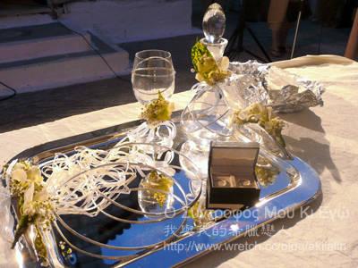 希臘婚禮的頭冠、婚戒、聖酒