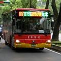 皇家客運金山--台北  592-FU