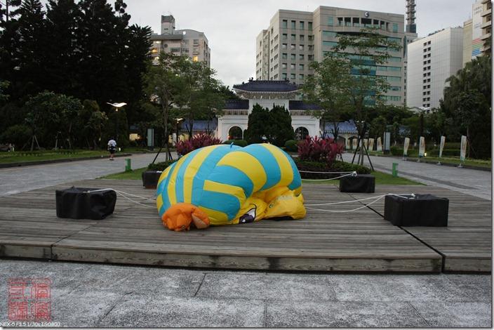 DSC02693_閉館連氣球都變這樣