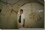 IMG_4610_牆上的手榴彈爆炸痕跡