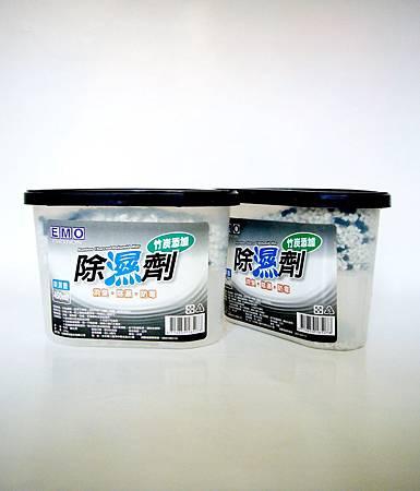 EMO除濕劑(炭)(4入)3.jpg