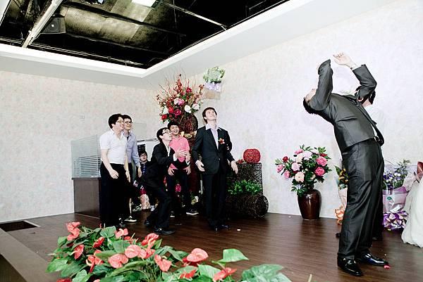 婚禮攝影,台中婚攝,有Fu婚攝,游騰凱攝影_60.jpg