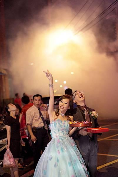 台中婚攝,有FU婚攝,游騰凱攝影工作室_此刻是多麼的開心.jpg