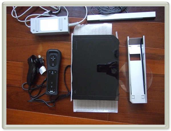 Wii Sports Resort主機+Wii 遙控器 Plus 動感歡樂組合3.jpg