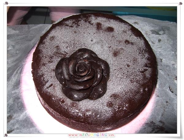 手工玫瑰黑泡芙+法式法朵古典巧克力蛋糕[Groupon 團購]7.jpg