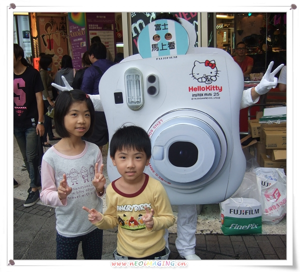 富士instax馬上看相機 全國街頭互動體驗會[西門町]2.jpg