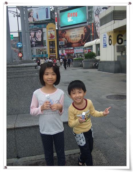 富士instax馬上看相機 全國街頭互動體驗會[西門町]5.jpg